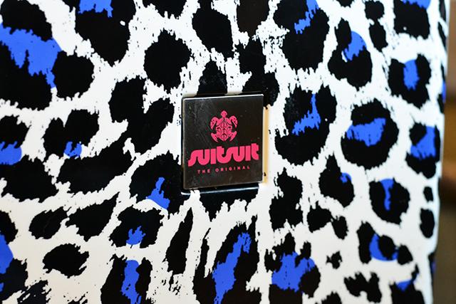 SuitSuit Popcat