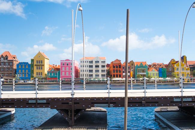 OMF op Curacao