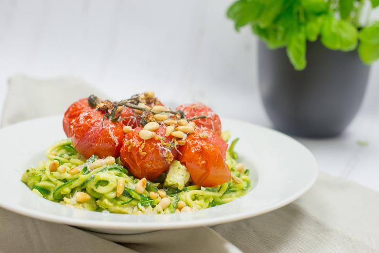 Courghetti met avocadopesto