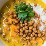 Zoete aardappelcurry met citroengras
