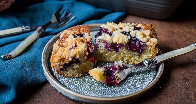 Plaatcake met bosvruchten