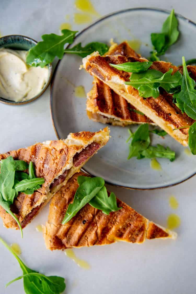 Turks brood tosti met truffelmayonaise