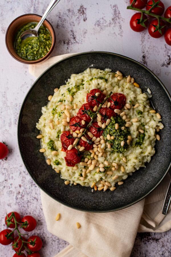 Pestorisotto met geroosterde tomaatjes