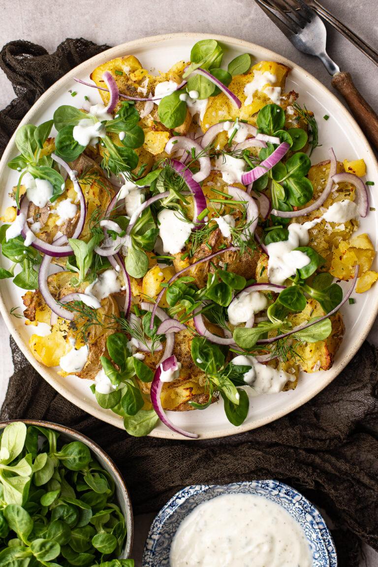 Krokante smashed potato salade